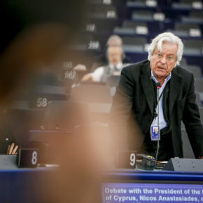 """""""La República de Chipre debería confiar en sus compatriotas de la UE para acabar con la situación 'patológica' actual"""""""