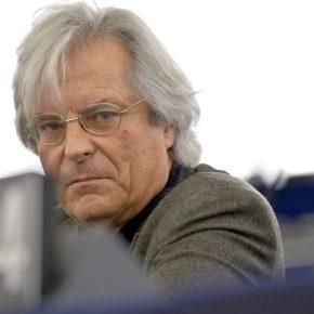 """Javier Nart """"El Parlamento Europeo es el lugar de los demócratas, no de quienes dan golpes a la democracia"""""""