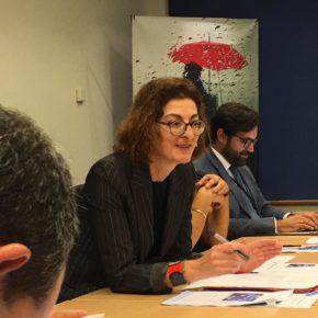 El presidente de la UEFA asegura a Maite Pagaza que condena el sexismo y las conductas discriminatorias contra las jugadoras y árbitras
