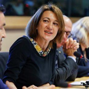 """Soraya Rodríguez: """"Es inaceptable que el Gobierno de España considere 'un daño colateral' la situación irregular de las empleadas del hogar"""""""