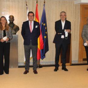 Ciudadanos Europa se reúne con CEOE para estudiar las posibilidades del fondo europeo de recuperación para las empresas